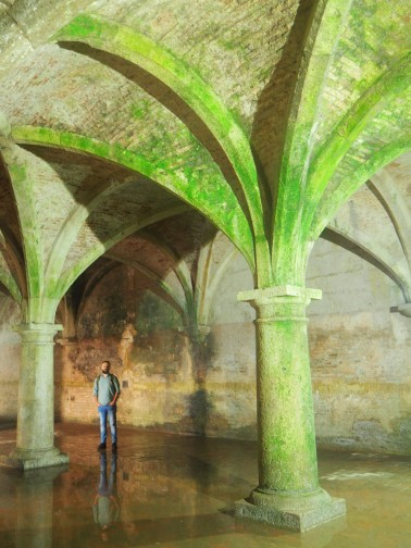 Portugese Cistern